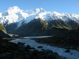 9 Days Rwenzori Hiking Safari Uganda Tour / 9 Days Uganda Hiking Safari Rwenzori Mountaineering Safari-Uganda Safari News